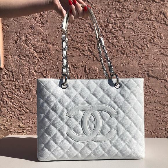 9f28810c030705 CHANEL Handbags - Vintage Chanel white caviar grand shopper tote